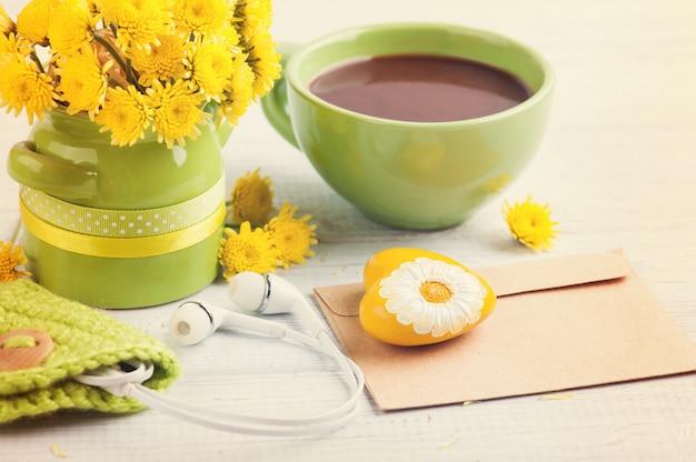 Blumenstrauß, gelbes herz