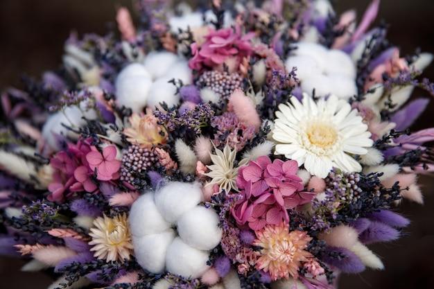 Blumenstrauß zum internationalen frauentag.
