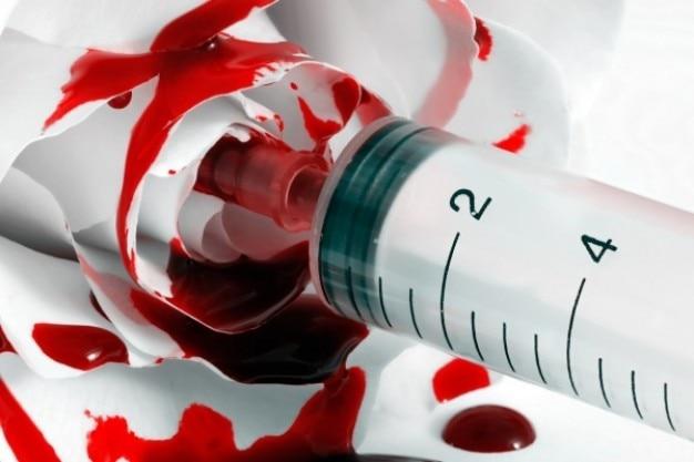 Blut injiziert stieg