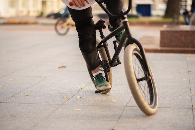 Bmx fahrrad für verschiedene stunts. für jeden zweck.