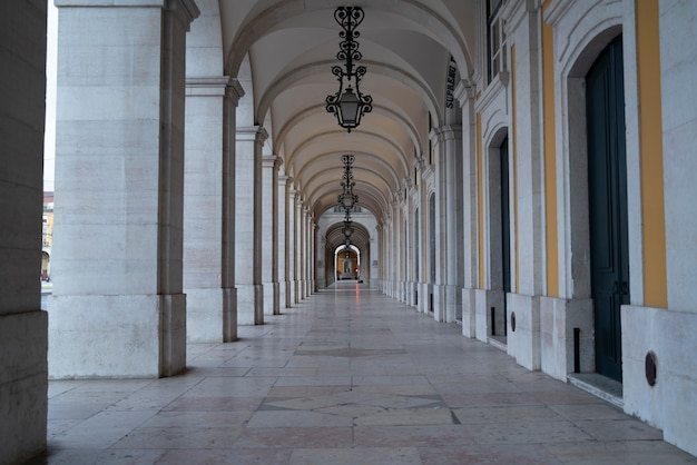 Bögen des handelsplatzes in lissabon, portugal