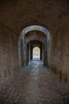 Bogen eingangstor in blaye citadel gironde frankreich