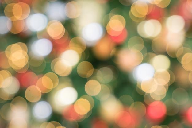 Bokeh-weihnachtsbaum als weihnachtstapete und -hintergrund