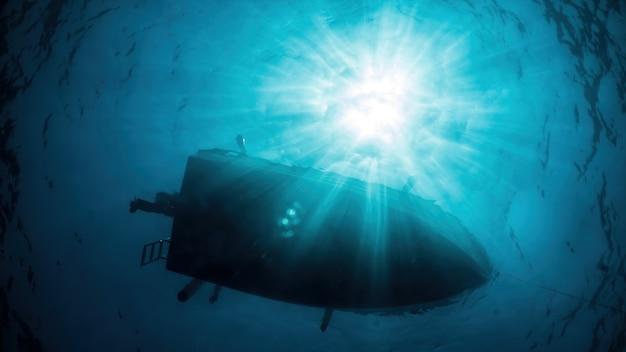Boot schwimmt auf der meeresoberfläche von unten gesehen mit viel sonnenlicht Premium Fotos