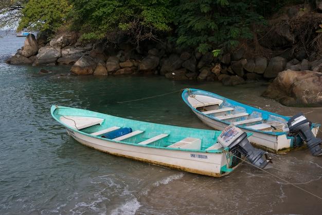 Boote am strand, boca de tomatlan, jalisco, mexiko