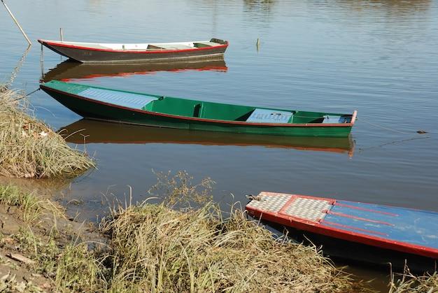 Boote auf dem maine river in anjou