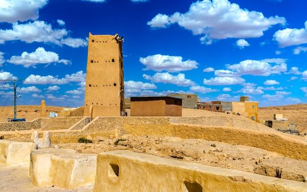 Borj cheikh el hadj in beni isguen, einer stadt im mzab-tal - algerien
