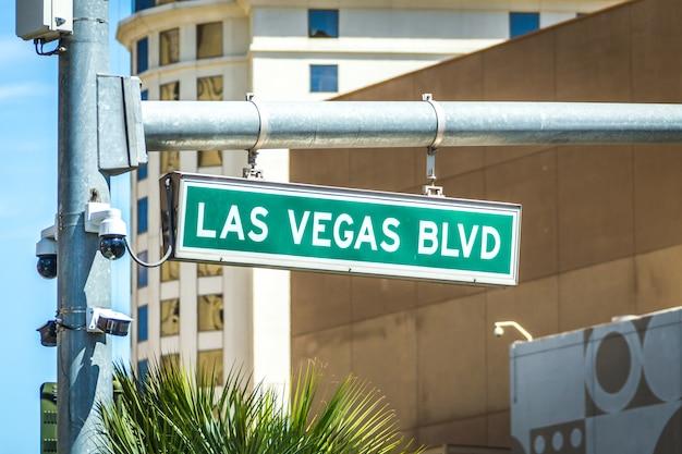 Boulevardstraße und -verkehrsschild las vegas-boulevards