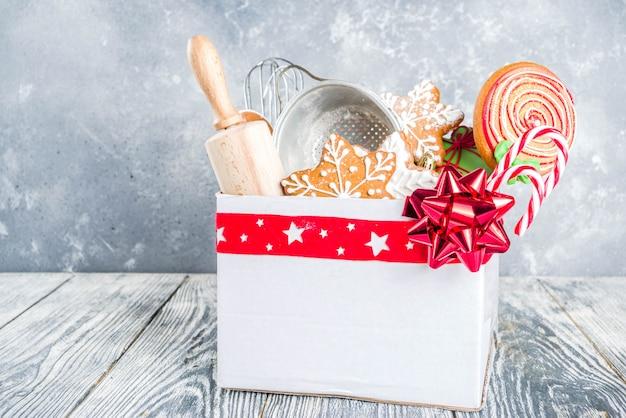 Box mit weihnachtsgeschenk für bäcker