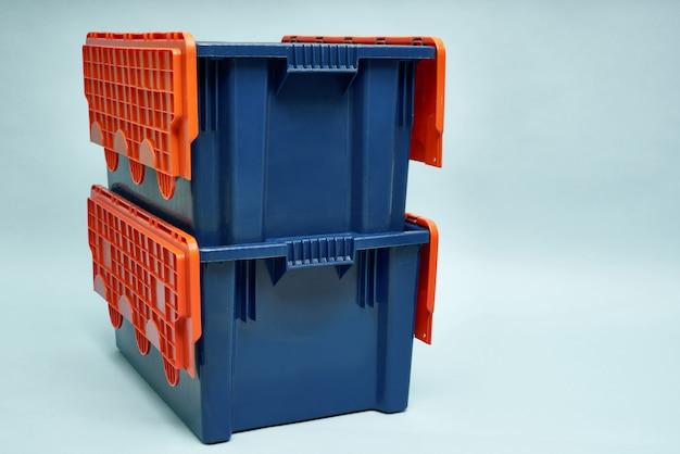 Boxen für die lieferung von produkten