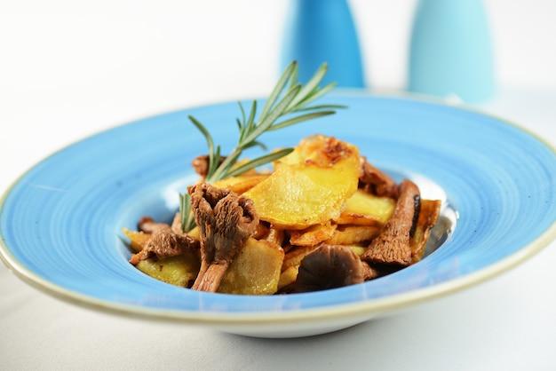 Bratkartoffeln mit pfifferlingen