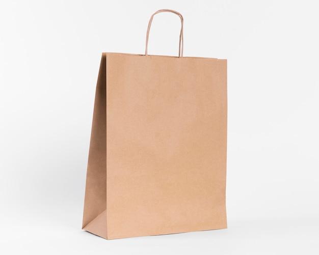 Braune papiertasche zum einkaufen