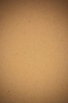 Brauner kraftpapierhintergrund.