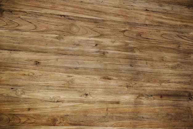 Brauner strukturierter lackierter bretterboden