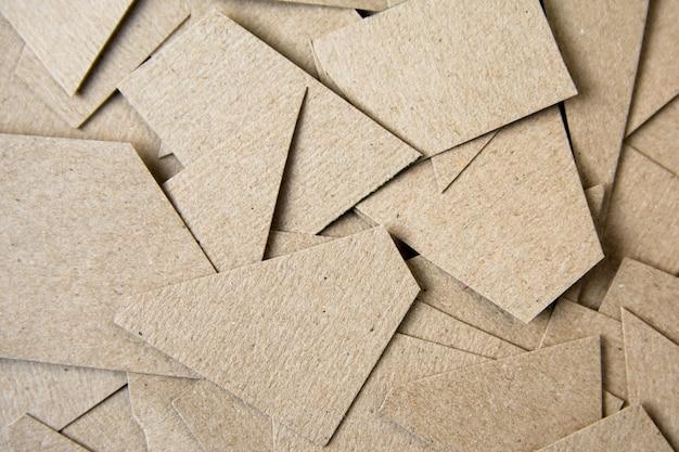 Braunes papier geschnitten hintergrund. materialdesign hintergrund