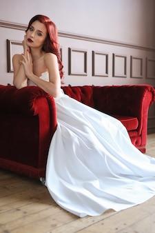 Braut in einem hochzeitskleid