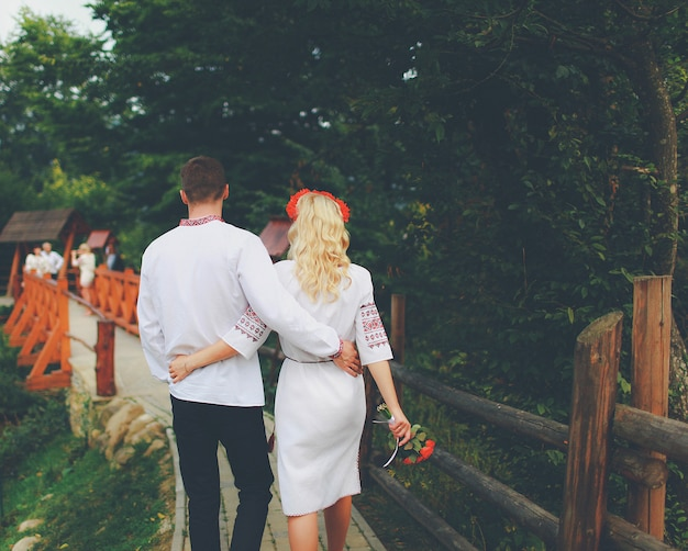 Braut und bräutigam hochzeit