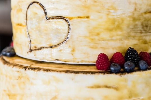 Brautkuchen am hochzeitstag Premium Fotos
