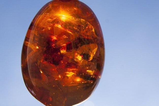 Brennen gem harze bernstein stein erstarrt