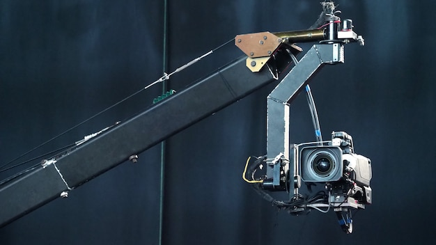 Broadcast-kamera auf dem kran