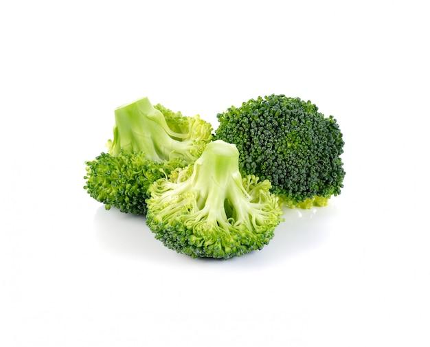 Brokkoli, isoliert auf weiss