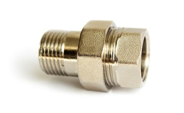 Bronzebeschichteter adapter zum anschluss von wasserleitungen