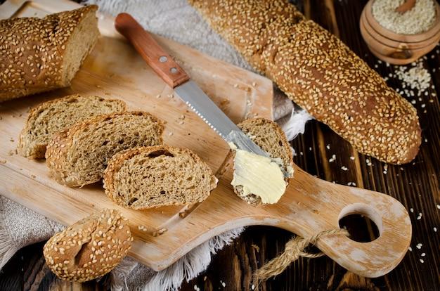 Brot mit sesam