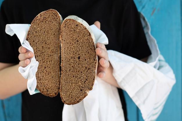 Brot schwarzer roggen frische malz backwaren