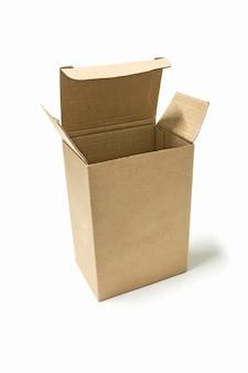 Brown-papierkasten öffnete isolat auf weißem hintergrund