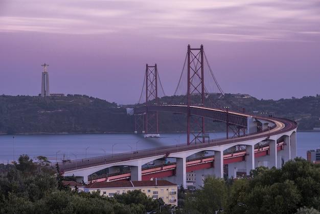 Brücke 25 april