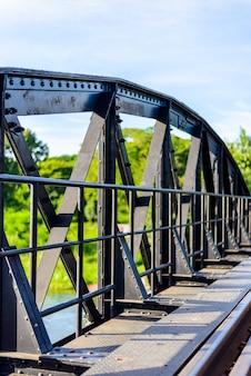 Brücke auf dem fluss kwai, provinz kanchanaburi, thailand.