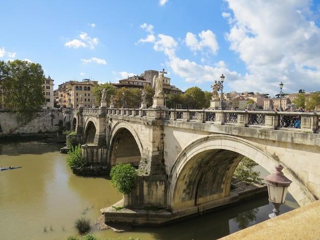 Brücke des heiligen angelo, roma, italien.