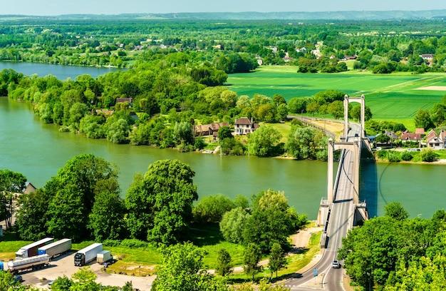 Brücke über die seine bei les andelys in der normandie, frankreich