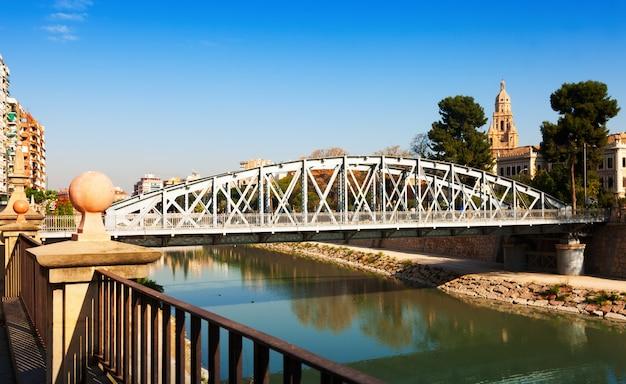 Brücke über segura genannt nuevo puente in murcia