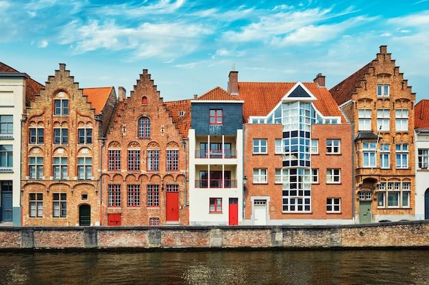 Brügge-kanal und alte häuser brügge belgien