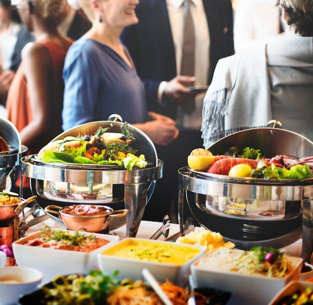 Brunch choice crowd dining optionen zu essen essen konzept