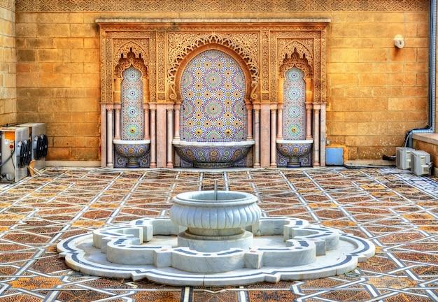 Brunnen am mausoleum von mohammed v in rabat - marokko