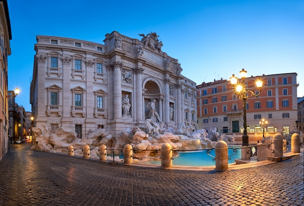Brunnen di trevi in rom, italien