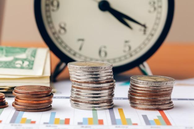 Buchhaltung im büro. geschäftsfinanzierungs- und buchhaltungskonzept