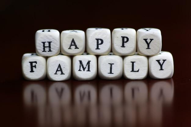 Buchstabenwürfel der textfamilie