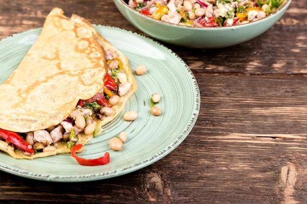Buchweizenpfannkuchen, mexikanischer quesadilla.