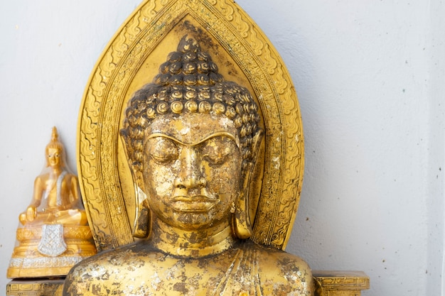 Buddha-figuren in der ayutthaya-zeit. schöne darstellung von buddha.