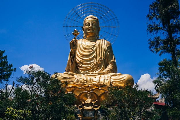 Buddha-skulptur in vietnam