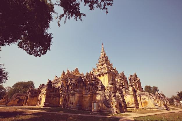 Buddhistischer tempel in myanmar (birma)