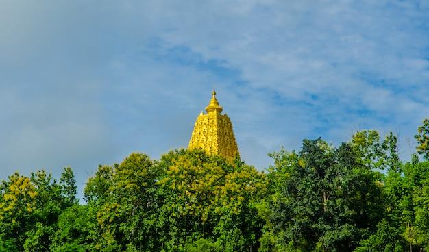 Buddhistisches schongebiet, sangklaburi, thailand.