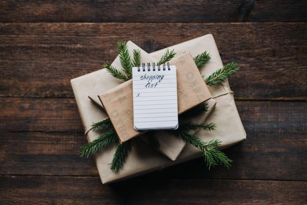 Budget-weihnachten budgetfreundliche weihnachten-weihnachten geldspartipps sehr kleine einkaufsliste offen