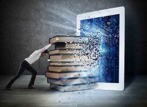 Bücher werden auf dem bildschirm eines e-books angezeigt