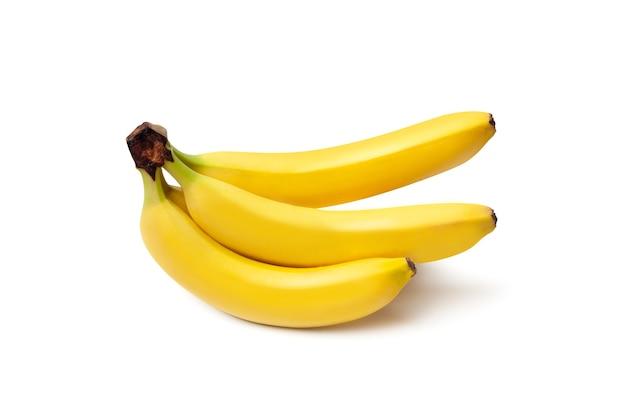 Bündel bananen isoliert auf weißem hintergrund. beschneidungspfad