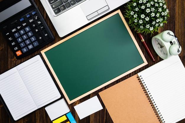 Büromaterial oder büroarbeit wesentliche werkzeuge