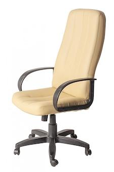 Bürostuhl des weißen leders lokalisiert auf weiß